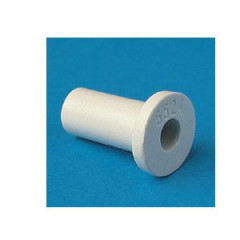 16500802 5008//////05 Pasacable Nylon66 neutro