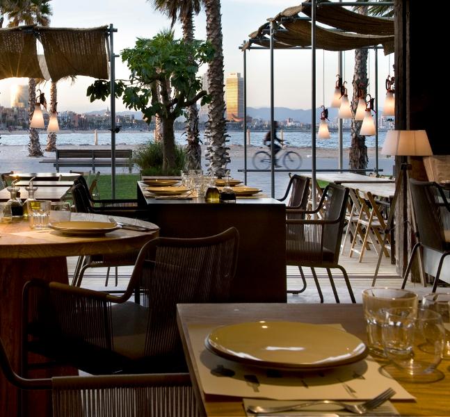 como Iluminar terrazas de restaurantes